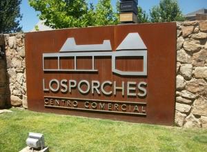 Centro Comercial Los Porches